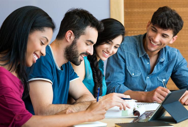 Aalok Institute | Provides Oracle Database Training